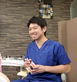 歯科医師柴田典信(しばた ふみのぶ)